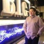 Ông chủ trẻ với chuỗi nhà hàng, siêu thị... doanh thu hàng chục triệu ringgit (tương đương hàng trăm tỷ đồng)